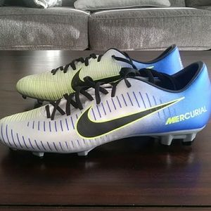 Other - Nike mercurial victory soccer cleats